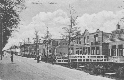 Kruisweg Z 066_ 1915 Winkels