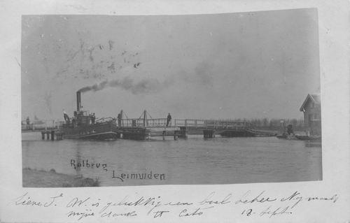 Leimuiderdijk 037_ 1901 Draaibrug met Stoomboot Aalsmeer