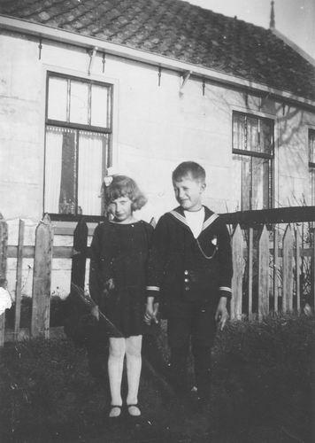 Leimuiderdijk 0446 1931 Kinderen Vastenhout voor Huize Immink 01