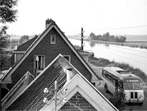 Lijnderdijk 0209- 1956 Zicht naar overkant de fam Griffioen