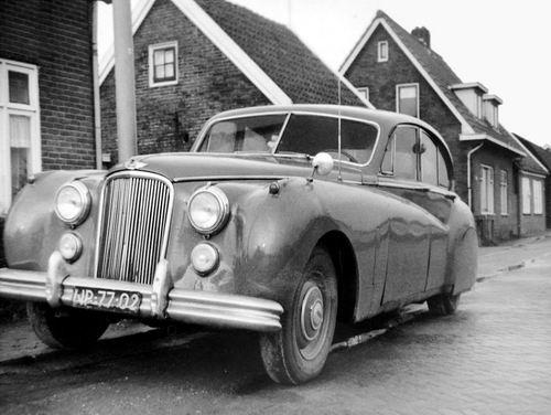Lijnderdijk 0209- 1958 met Jaguar Jan Volger