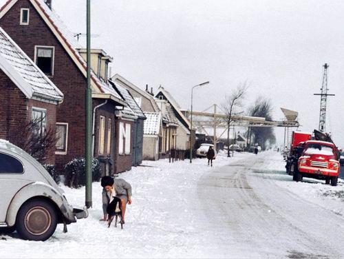 Lijnderdijk 0209- 1964 Wintertafereel