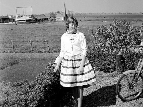 Lijnderdijk 0223 1959 Boerderij fam Lieshout met Riet Volger