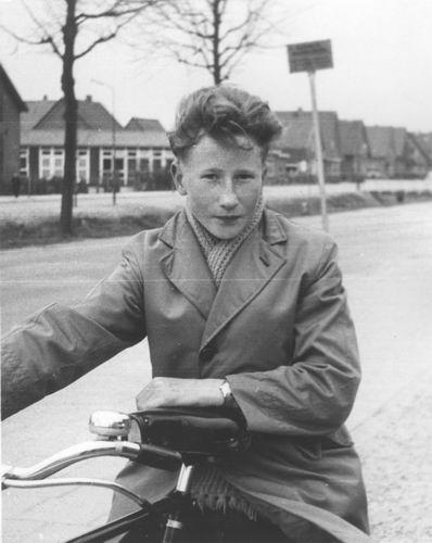 Limpt Henk v 195_ voor Schoolstraat Nieuw Vennep