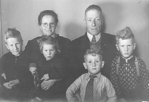 Limpt_Jacobus_v_1950_Gezinsfoto