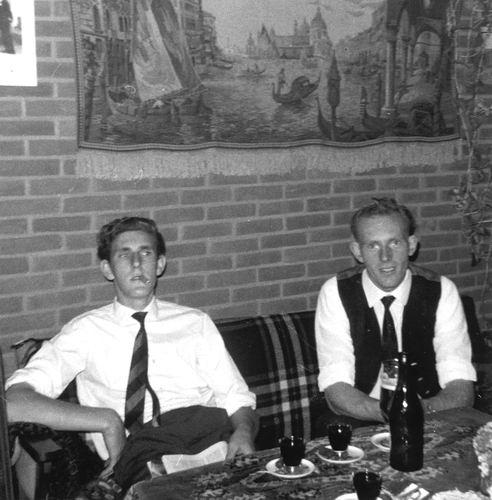 Lisserdijk 0015 1966 Sloop en Nieuwbouw 04 met Henk en Jaap Rip