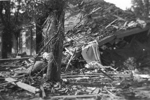 Lisserdijk 0050 1943 Huize Loogman ea Gebombardeerd 08