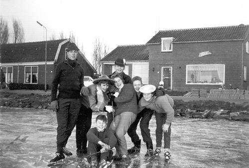 Lisserdijk 0057 1961-62 IJspret met oa fam de Man 03