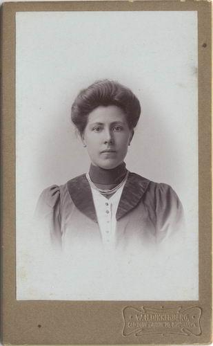 Maasdam_Adriana_v_1873_19___Portret_bij_Dikkenberg_in_Haarlem