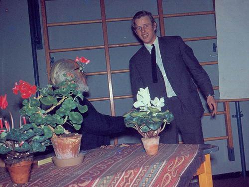 Mannessen Henk 1967 Afscheid van J P Heijeschool 03
