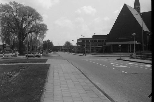 Marktplein C 1979 Busstation en Gereformeerde Kerk