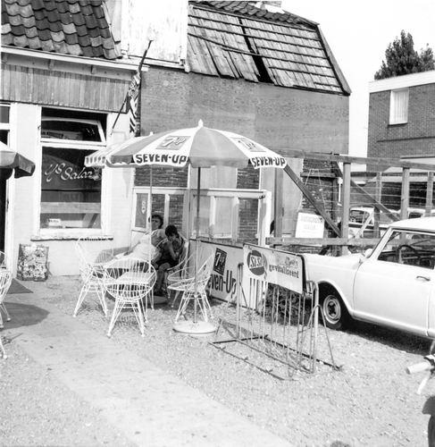 Marktplein N 0001a 1964 Snackbar vd Groef 02