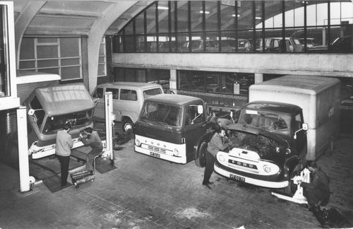 Marktplein N 0021-23 1967 Fordgarage Kalmthout & v Niel