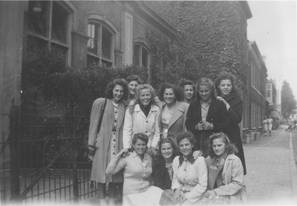 Meijer Aga 1931 1948 op Huishoudschool in Haarlem 04