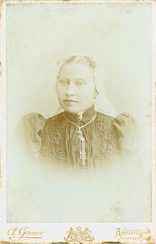 Meijer-Commandeur Anna C 1868 19__ Portret 01