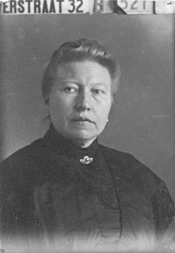 Meijer-Commandeur Anna C 1868 19__ Portret 04