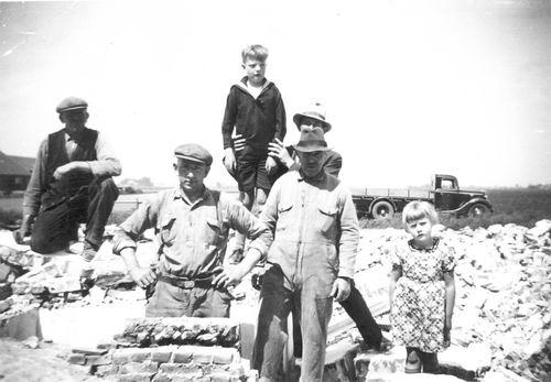Meijer Cornelis N 1928 1938 met Zus Annie bij Sloop Josepha s Hoeve