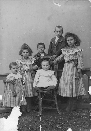 Meijer David J S 1866 19__ Kinderen bij Fotograaf 02