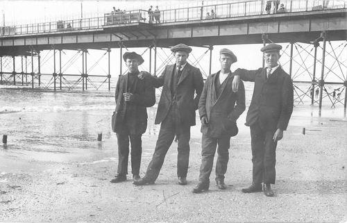Meijer Hendricus J 1896 1914 bij Pier Scheveningen