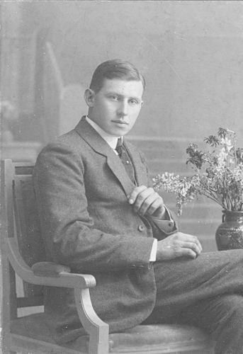 Meijer Hendricus J 1896 192_ bij de Fotograaf