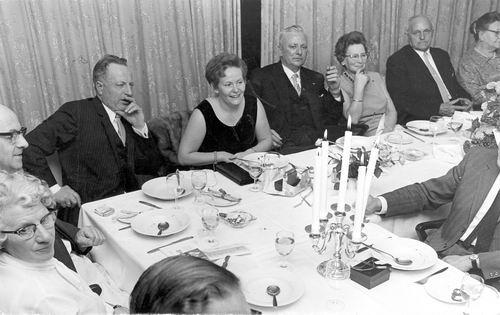 Mienis Jacob 1894 1968 Feest Aannemersbond afd Badhoevedorp 02
