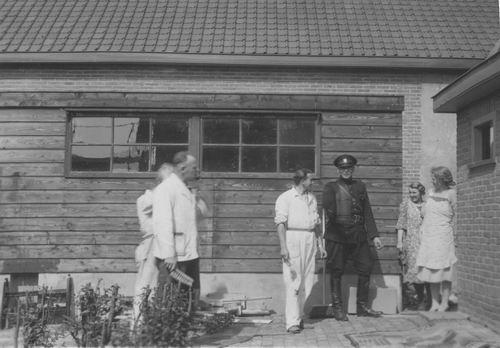 Miggelbrink A J S 194_ Politieagent achter Onbekende Schuur 02