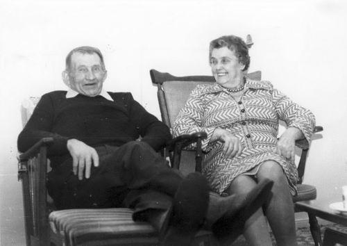 Moerman Koos 19__ met vrouw Jo Saarloos