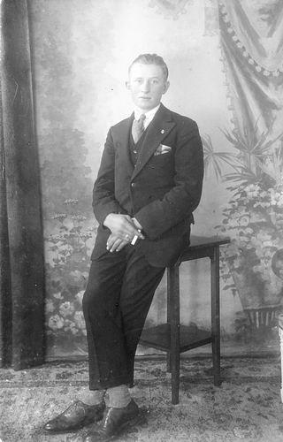 <b>ZOEKPLAATJE:</b>Mulder Albert J 1913 19__ bij Fotograaf