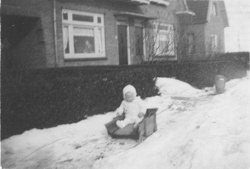 Nieuweweg W 0039-35 1941 met Hilda v Tienderen
