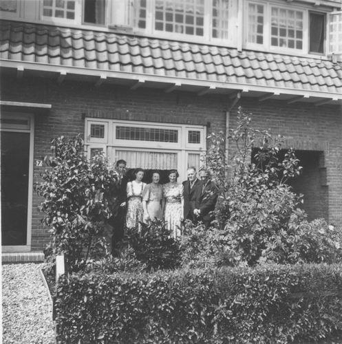 Nieuweweg W 0041 1942 met fam v Tienderen