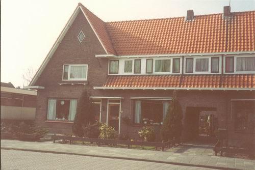 Nieuweweg W 0043-41 1985 Huize v Tienderen