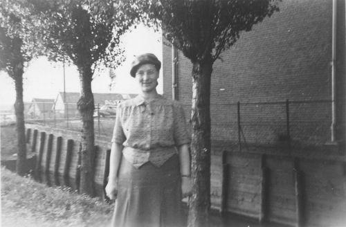 <b>ZOEKPLAATJE:</b>&nbsp;Onbekend Aalsmeer 1950 van Boekenmarkt 04