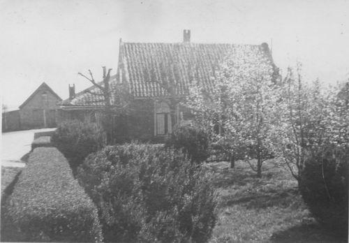 <b>ZOEKPLAATJE:</b>&nbsp;Onbekend Aalsmeer 1950 van Boekenmarkt 05