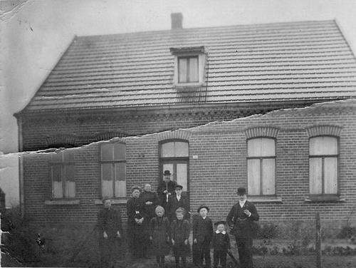 <b>ZOEKPLAATJE:</b>&nbsp;Onbekend Aalsmeer 19__ Huize C A B Kauling