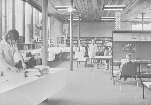 Venneperstraat 0032 1973 Bibliotheek Interieur