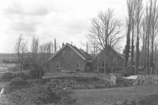 <b>ZOEKPLAATJE:</b>Onbekend Boerderij 2 Huizen in Laagte