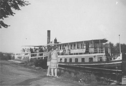 <b>ZOEKPLAATJE:</b>Onbekend Carsjensboot 1930