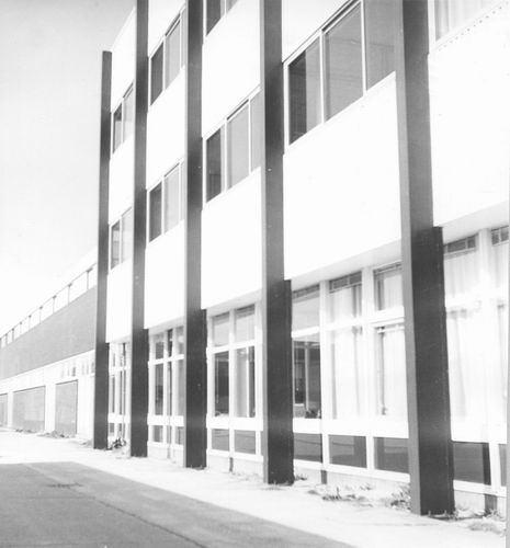 <b>ZOEKPLAATJE:</b>&nbsp;Onbekend gebouw door Architect AJ de Koning