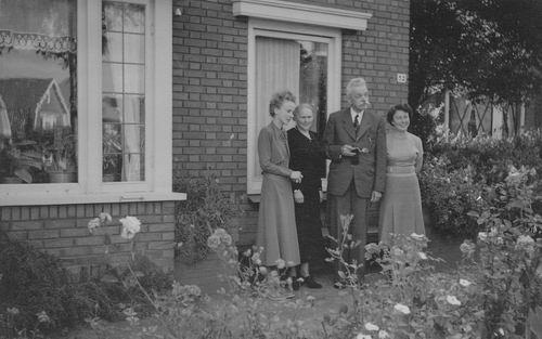 <b>ZOEKPLAATJE:</b>Onbekend Huisnr 52 met gezin Aug 1943