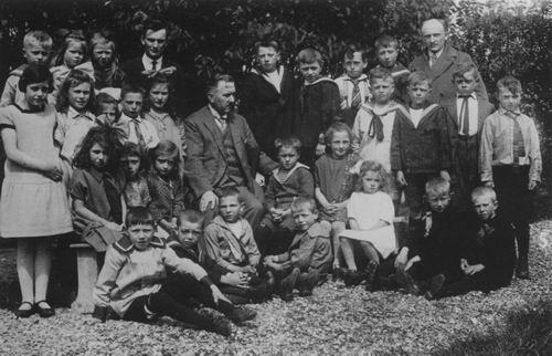 Christelijke School Nieuw Vennep 1928-29 Div Klassen