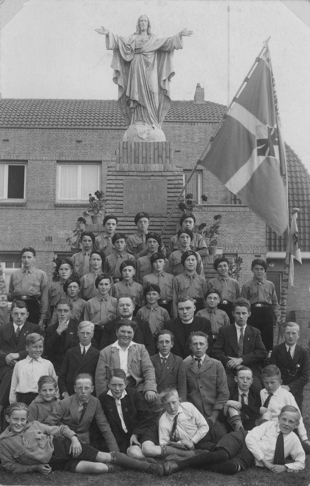<b>ZOEKPLAATJE:</b>Onbekend Mannen RK Halfweg-Zwanenburg 1934 0027