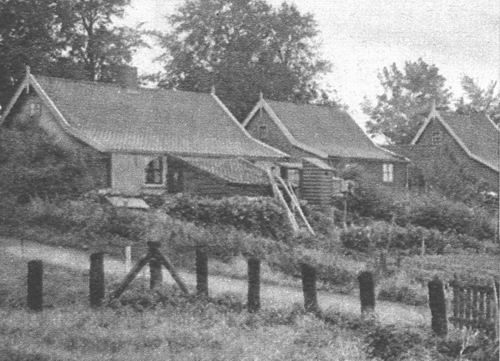 <b>ZOEKPLAATJE:</b>Onbekend Ringdijk Nieuw-Vennep 1935 Achterkant Huizen
