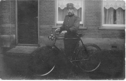 <b>ZOEKPLAATJE:</b>Onbekend Nieuw Vennep Milicien 1914-18