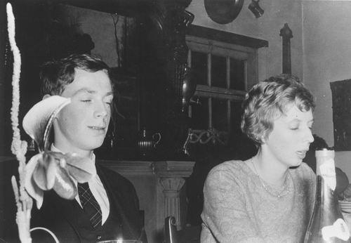 <b>ZOEKPLAATJE:</b>Onbekend Paar op Etentje 10 Dec 1966