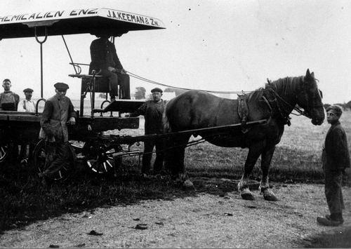 <b>ZOEKPLAATJE:</b>&nbsp;Onbekend Rijk Chemicalien Paard en Wagen J A Keeman & Zn