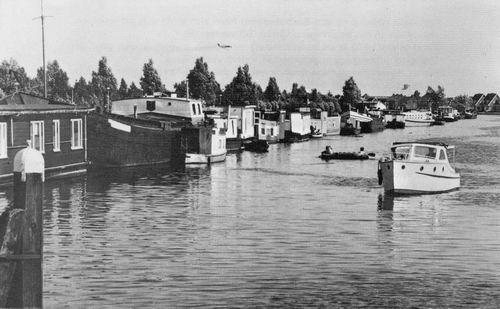 Nieuwemeerdijk 0060± Overzijde 1975± Woonboten