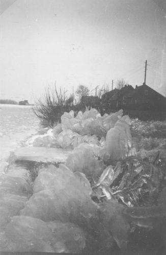 Leimuiderdijk 0111-112 195501 Winterplaatjes 01