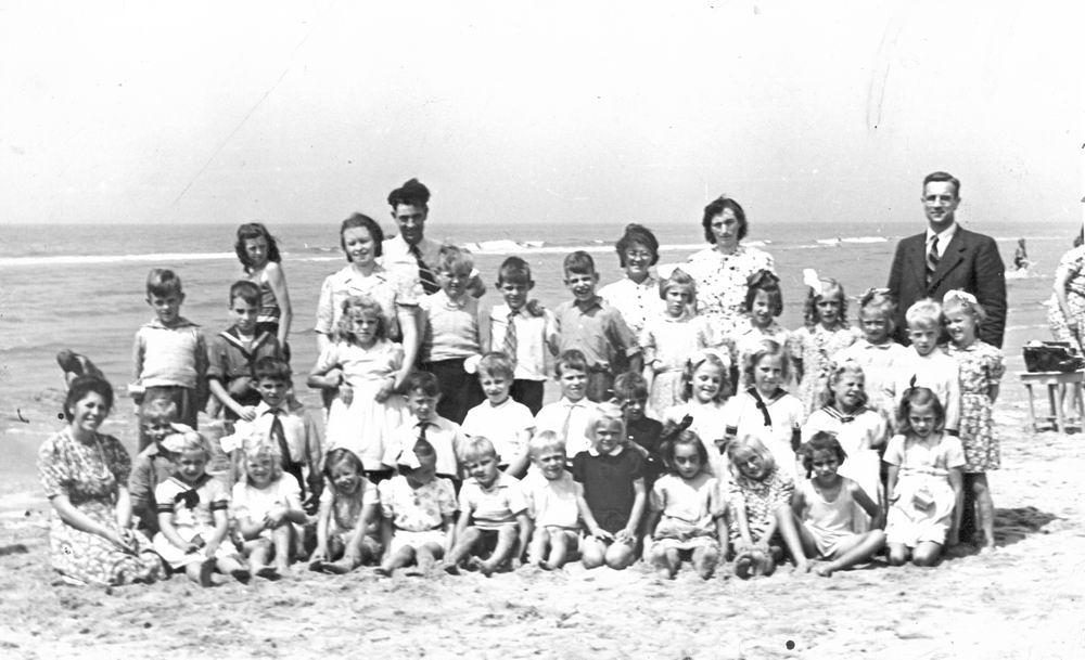 Openbare School 02 1946 Schoolreisje naar Strand 02