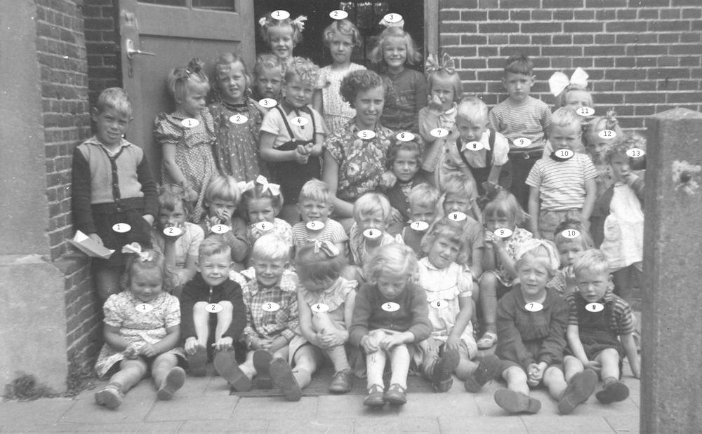 Openbare School 02 1952 Kleuterklas Index