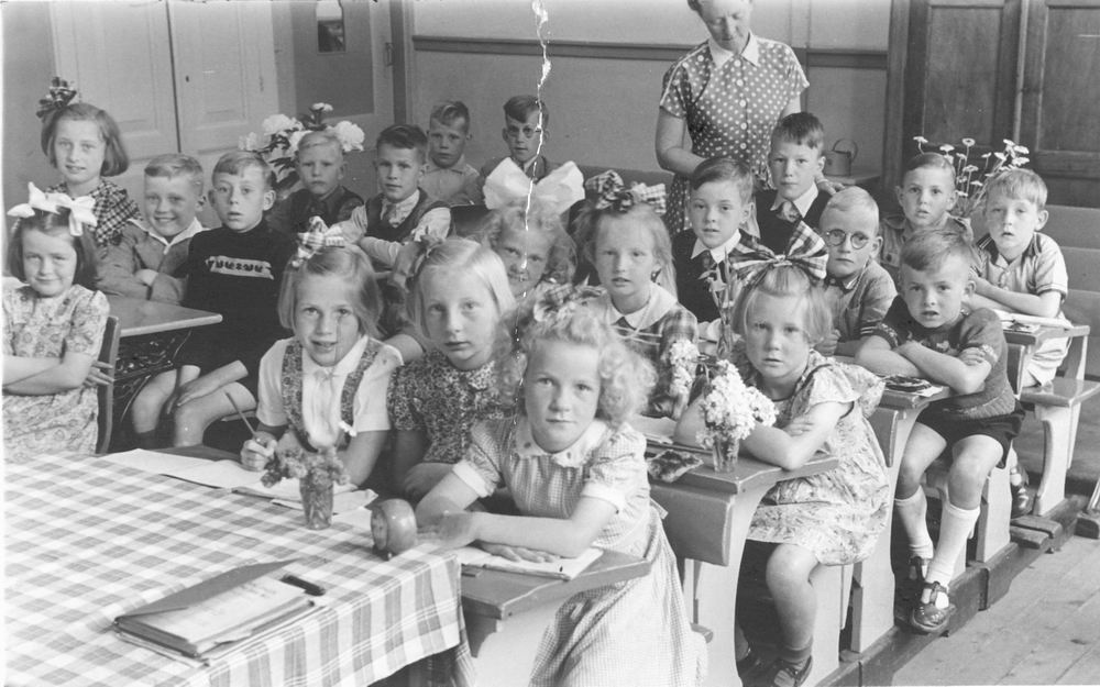 Openbare School 02 195_ met Juf Graafstal 02